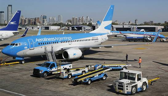 Argentina's national airline calls on consulting firms to reshape loyalty program